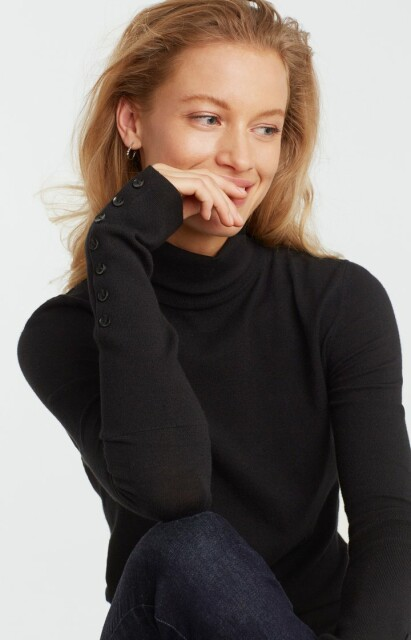 High neck sweater with buttons 1000216